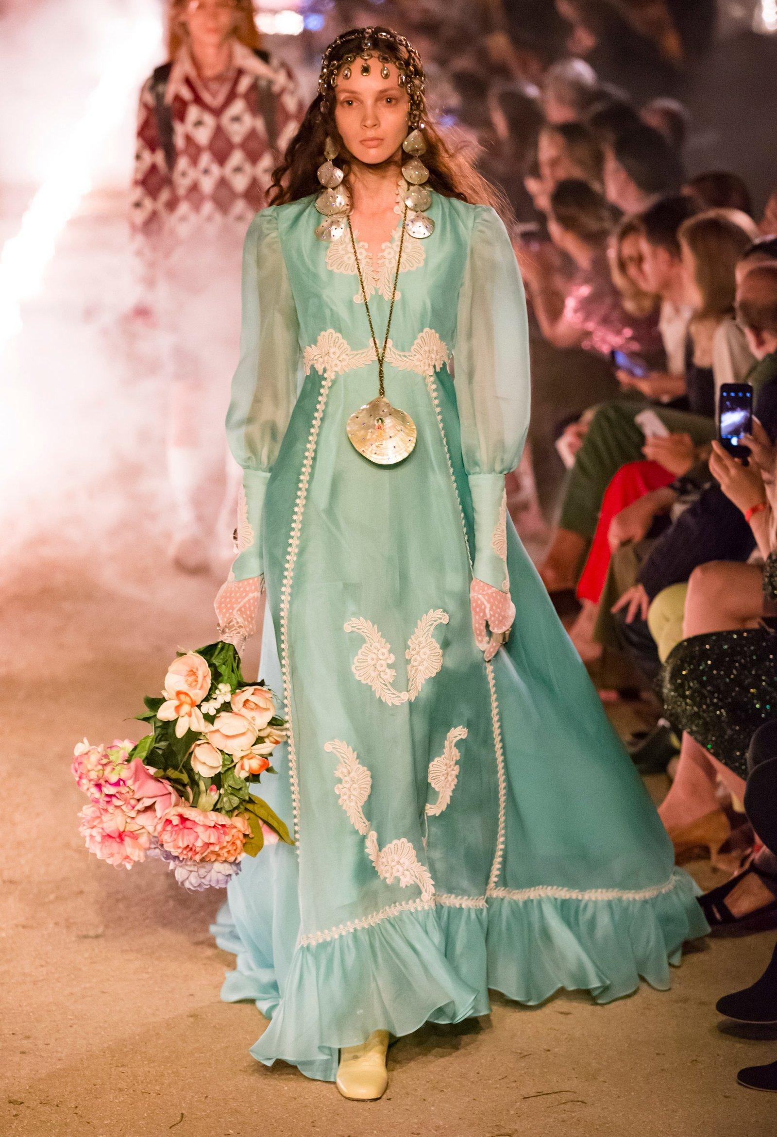 Gucci 2019 İlkbahar Yaz Koleksiyonu Masalsı Çizgilerle